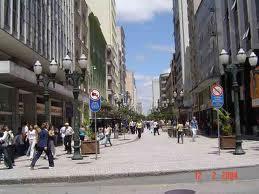 Comércio de rua sofre mais